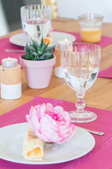 Tipps zur Frühlingsdeko im Esszimmer #deko #tipps #einrichten #frühling #esszimmer #essecke