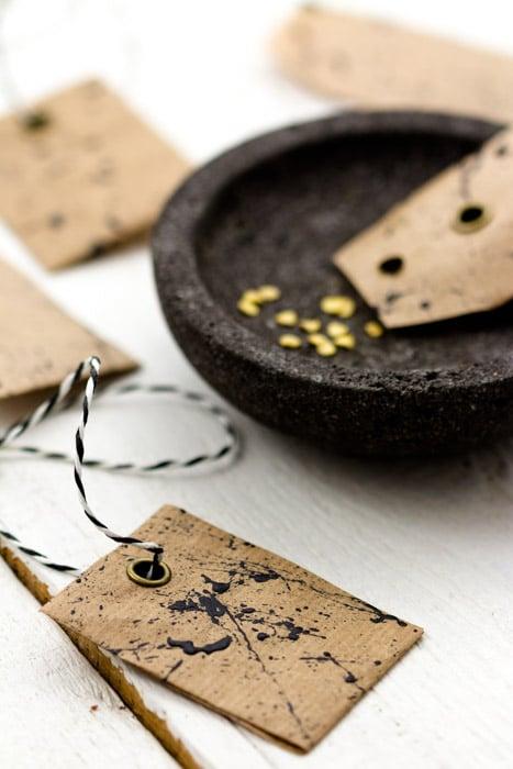 DIY Samentütchen selbermachen, um Saatgut aufzubewahren oder zu verschenken . Mit Vorlage.